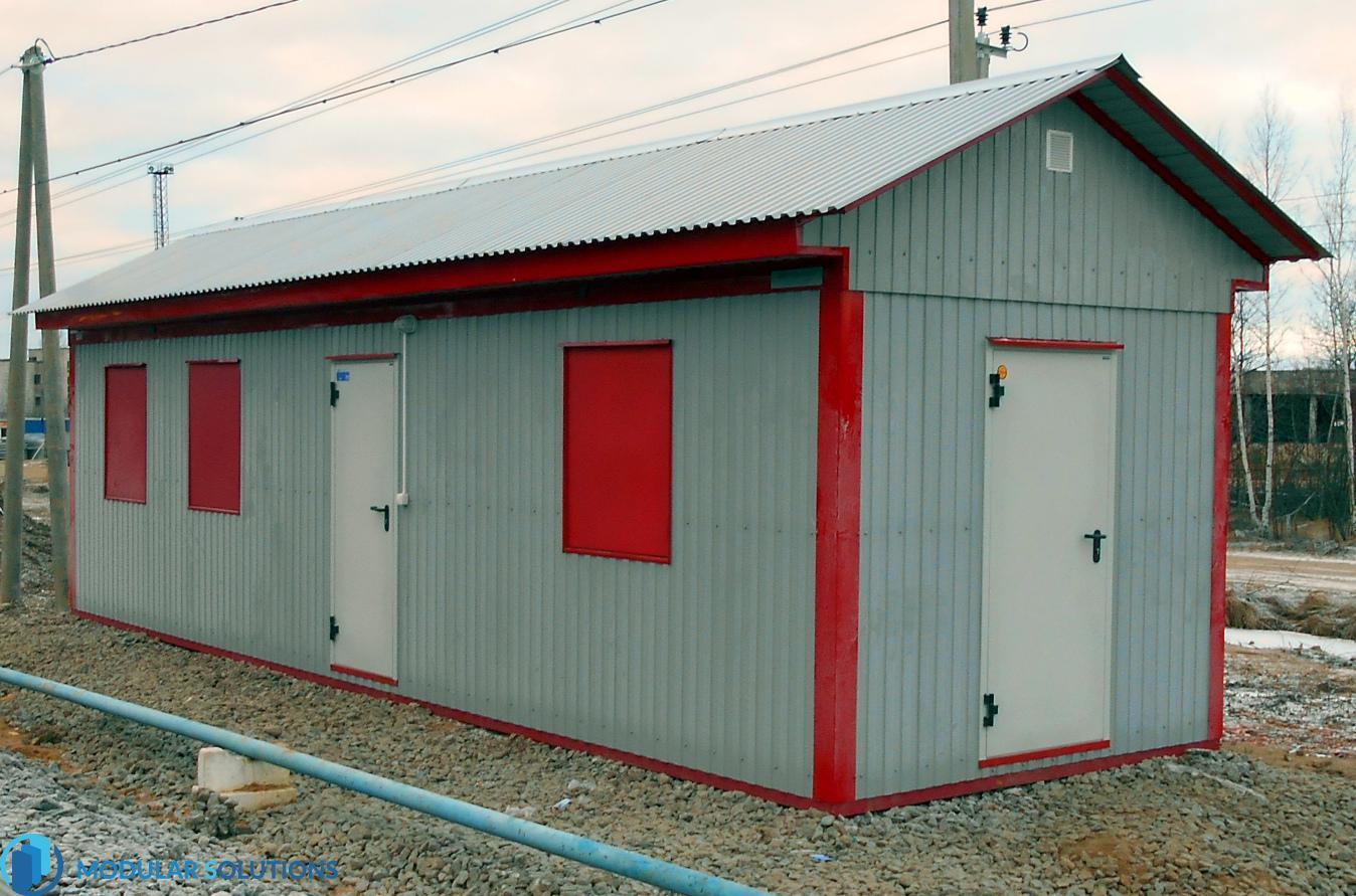 стандартный блок контейнер с двухскатной крышей